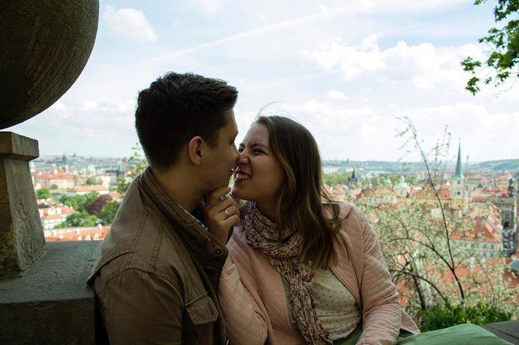 Помню когда я приехала в Прагу впервые моя подруга сразу потащила меня на Карлов мост. Шёл невероятный ливень и стояла холодрыга. Довела до какого-то места, где все трут и загадывают желания. И я загадала. Что? Не помню. Когда мы уезжали из Праги в последний день я потащила подругу туда же, на Карлов мост. Стоял ясный и очень жаркий день. Довела до места, где все трут и загадывают желания. И я загадала другое желание. Какое? Вернуться сюда снова с любимым человеком. И я вернулась. Прага для…