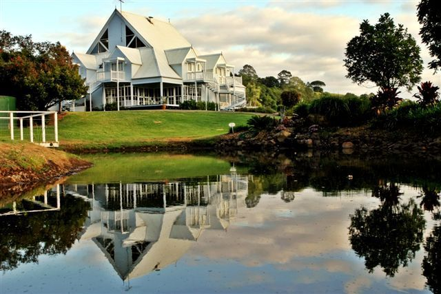 Maleny Manor on the Sunshine Coast Australia, My favorite wedding venue and blessed workplace