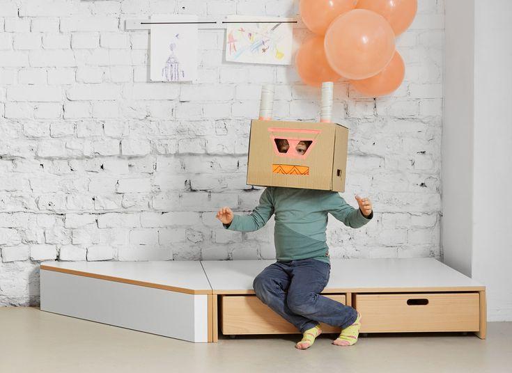 Spielpodest – papoq #kindergarten #kindermoebel #papoq #stauraum #kidsdesign #kidsfurniture #kitaausstattung