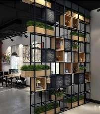 Huagang American loft industrial display screen display screen workplace bookshelf restaurant Xuanguan grid iron partition body