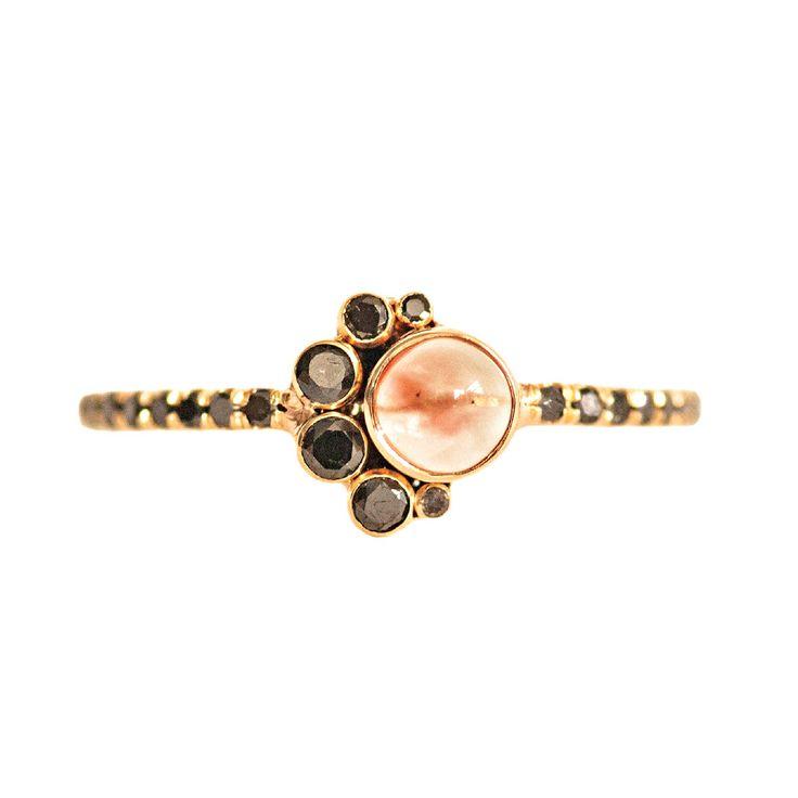Gemstone Jewelry: Mociun Oregon sunstone and cabochon ring
