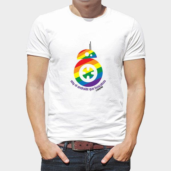 """Camiseta BB8 Gay / 17,95€  Camiseta blanca 100% algodón con diseño exclusivo de BB8 incluida en la Colección """"Star Wars Gay"""" """"Soy el Androide que buscabas"""""""