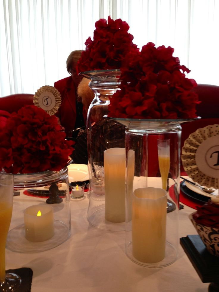 Easy Centerpiece Idea Upside Down Cylinders Vases