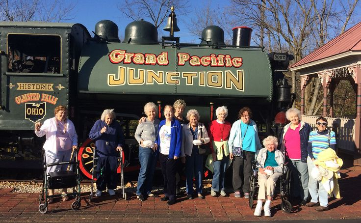 Devon Oaks residents took a trip to Clementine's restaurant and tea house in Olmsted Falls for a festive luncheon. The beautiful winter day was perfect to get out and enjoy the quaint atmosphere, holiday decorations, and wonderful conversation.