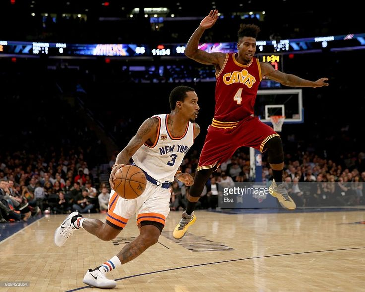 Brandon Jennings #3 of the New York Knicks heads for the net as Iman Shumpert #4 of the Cleveland Cavaliers defends at Madison Square Garden on December 7, 2016 in New York City.