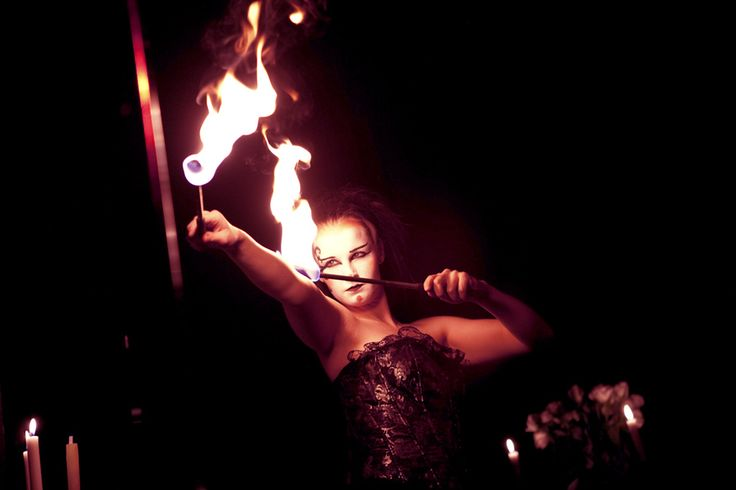 Chloé Charody's circus opera | London's West End | violinist / fire performer / co-producer, Sonja Schebeck | www.charodyproductions.com