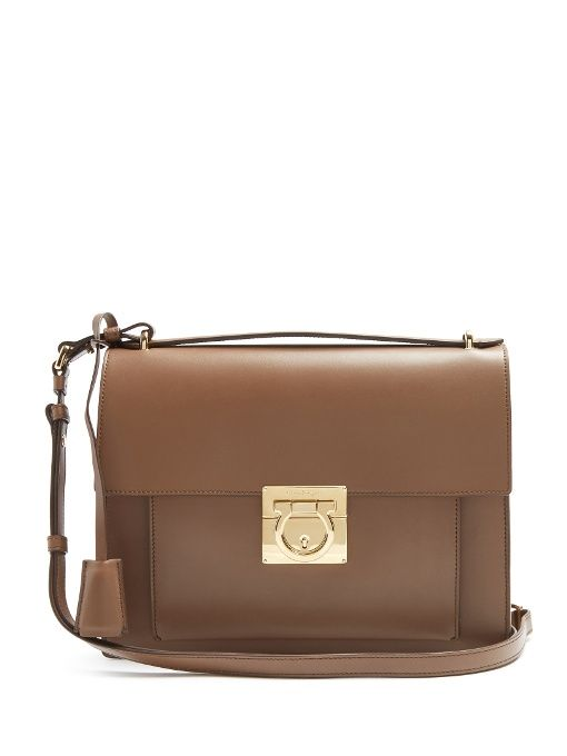 SALVATORE FERRAGAMO Marisol leather shoulder bag. #salvatoreferragamo #bags #shoulder bags #hand bags #leather #lining #