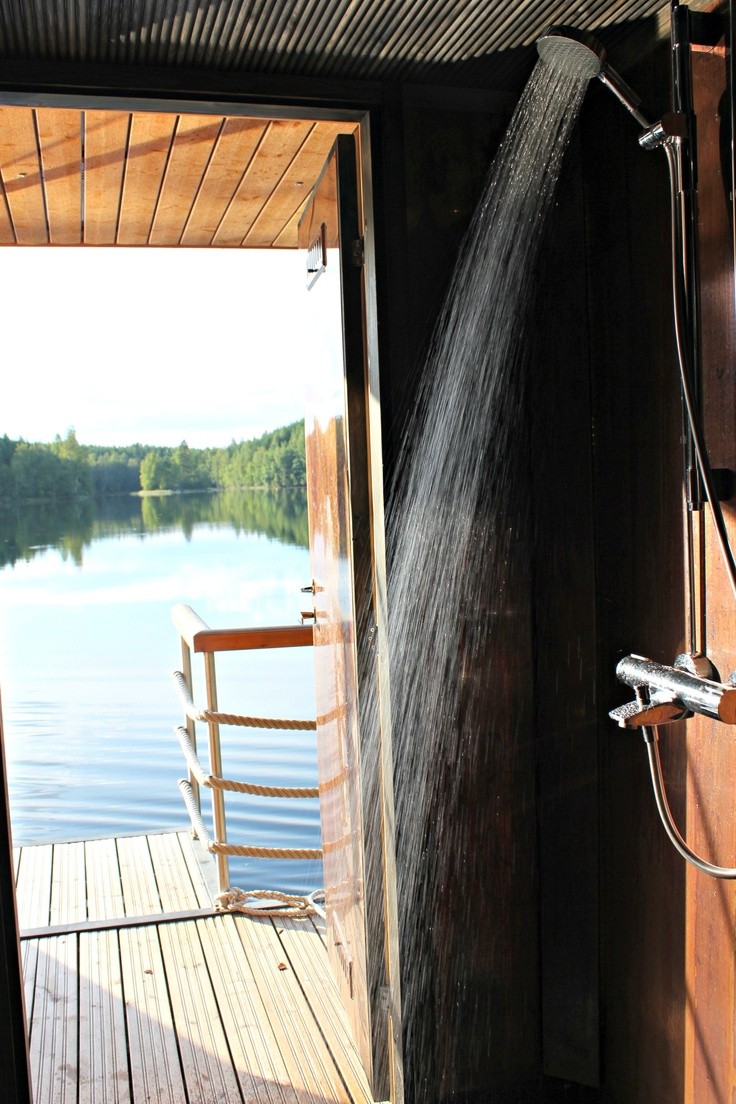 Vesi virkistää! #sauna #summer #boat #shower #finland #copper #lautta #jalo