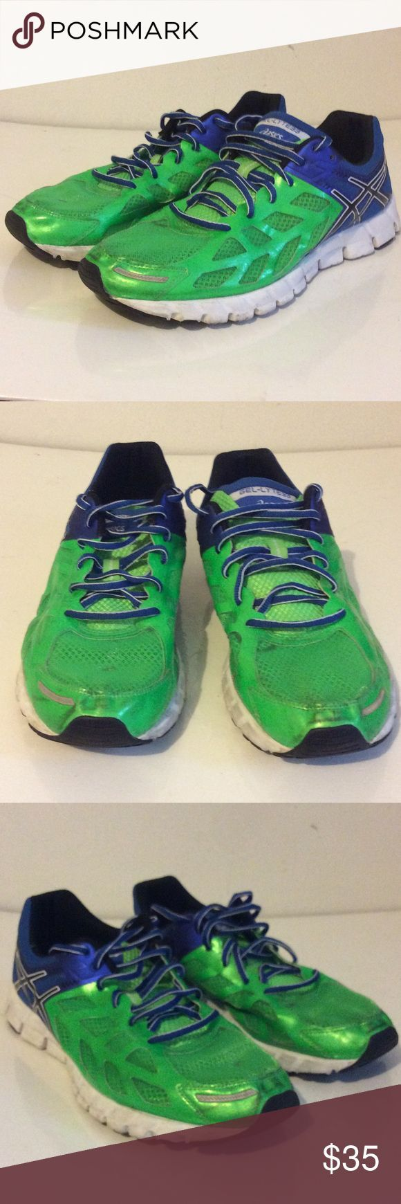 Asics Gel-Lyte 33 mens running shoes size 11 Good condition. Has some marks in the front of both shoes, some wear and writing on the bottom. See pictures. Size 11. Asics Shoes Athletic Shoes