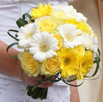 Yellow Roses & Gerber Daisies with White Gerbers.  Love the greens.