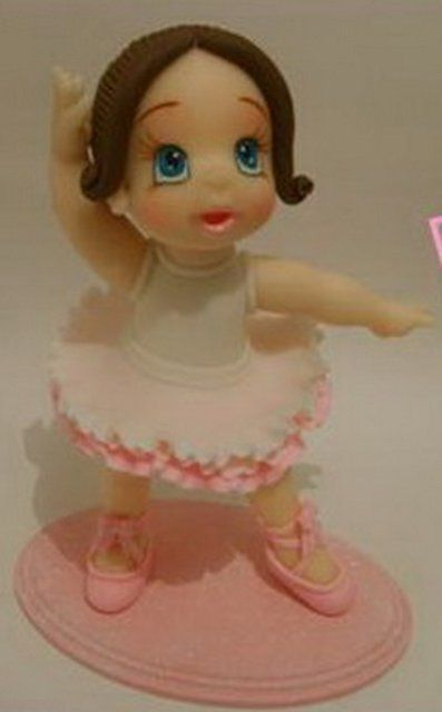 Cake Decorating Sculpting Figures : 321 best images about Sculpting Figures on Pinterest ...