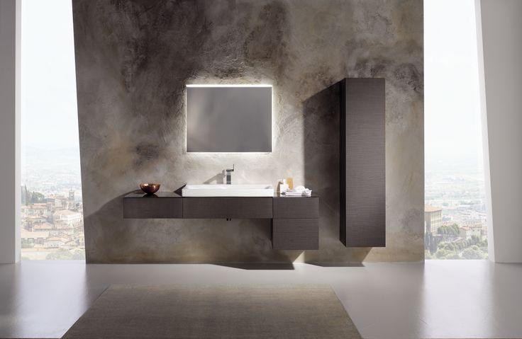 Spiegel met verlichting, zijkasten, wastafel, onderkast voor wastafel en hoge kast voor badkamer uit de Xeno2 collectie ► [http://www.keramag.be/nl/badkamerseries/xeno2] ••• Combinaison de miroir avec éclairage, armoires latérales, lavabo, sous-meuble de lavabo, et armoire haute pour salle de bains, de la collection #Xeno2 ► [http://www.keramag.be/fr/collections-pour-salle-de-bains/xeno2]