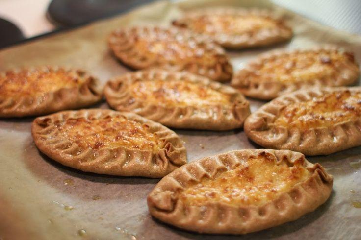 Gluteenitonta leivontaa: Gluteenittomat karjalanpiirakat