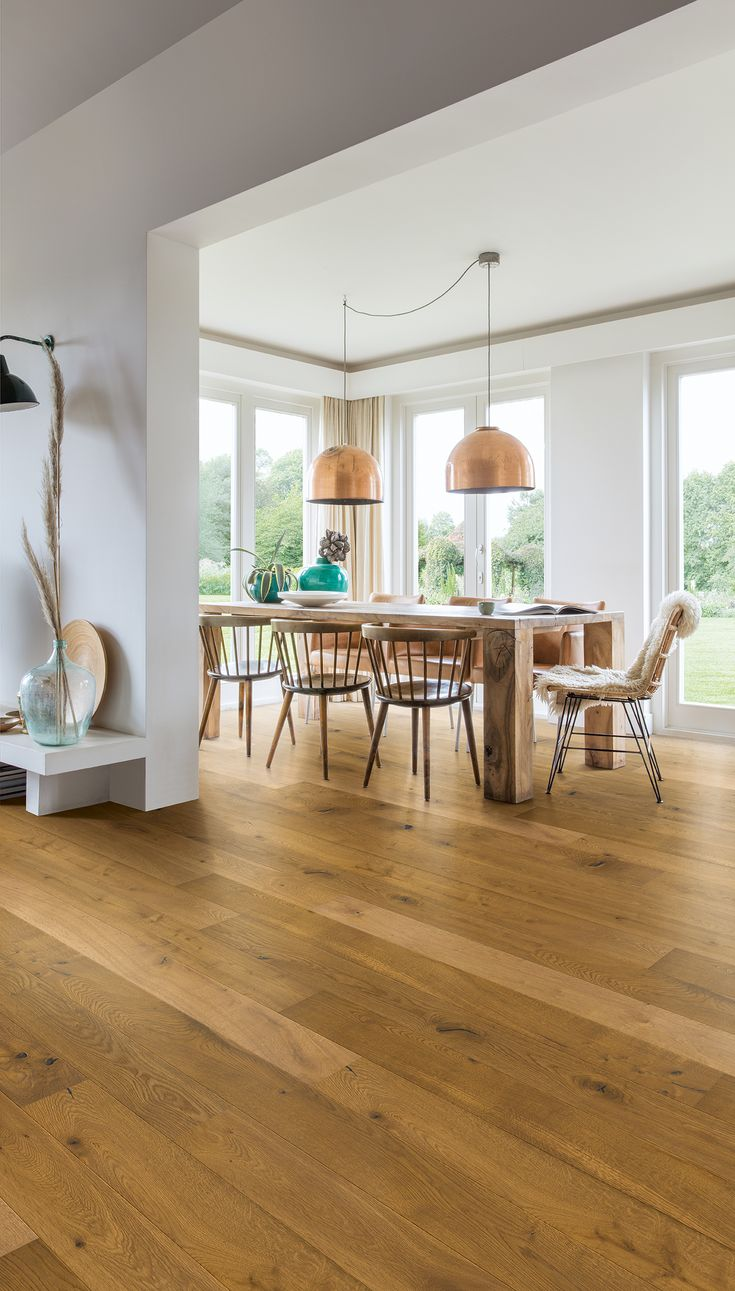 Superb Finding The Perfect Dining Room Flooring