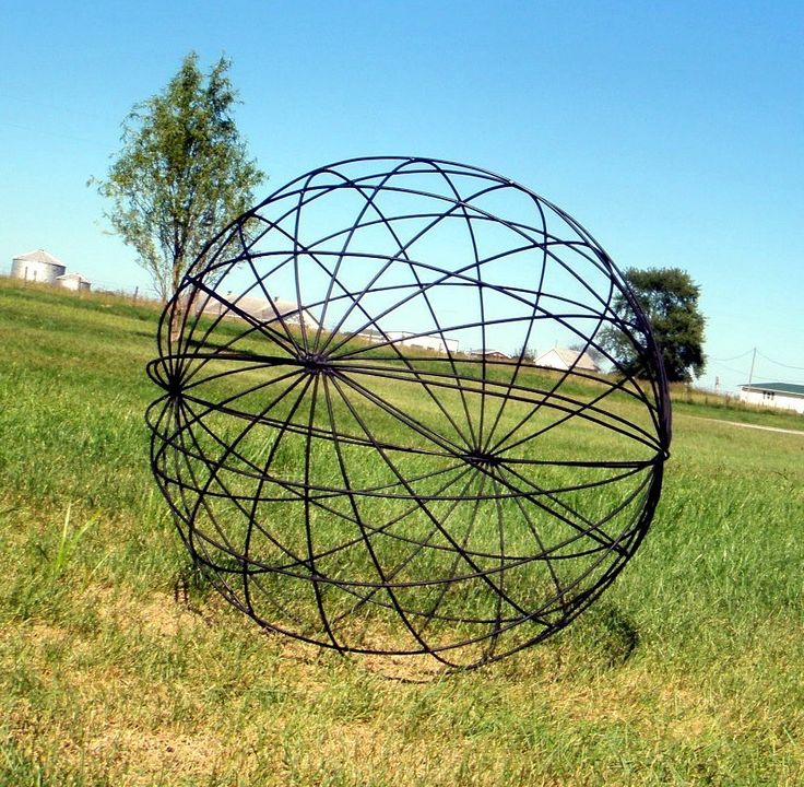 wrought iron garden art balls spheres in many sizes yard decor lawn ornaments - Metallic Garden Decor