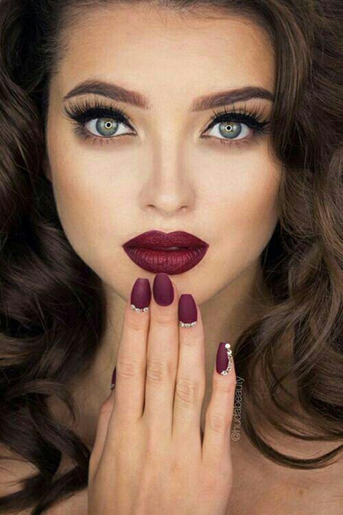 Blue dress red lips birthday