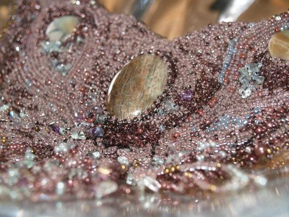 Collar with gemstones adventure land New price by Lajouredotcom, kr1170.00