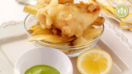 You can't beat fish and chips! Click here for this easy #GLutenFree Cod & Chips with Pea Puree recipe