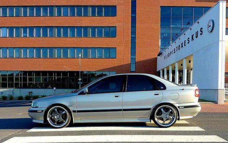 http://i119.photobucket.com/albums/o143/VulvaS40T4/Volvo2009v3netti.jpg