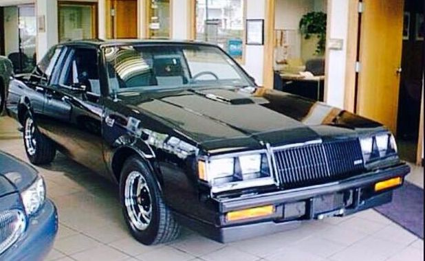 Vintage '87 Buick Showroom Pic with New Buick Grand National