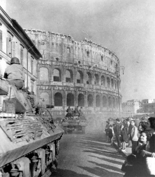 US tanks and GIs entering Rome, 5 June 1944.