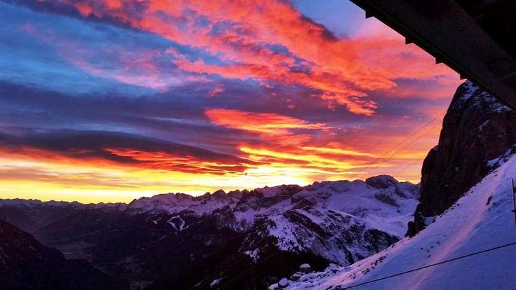 Un #tramonto sulle #dolomiti della Val di Fassa (#canazei)!  #sunset #enjoy #wonderful