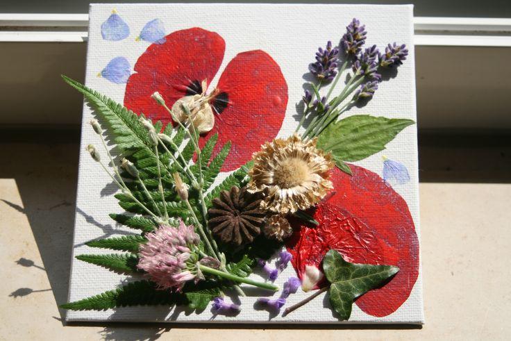 Florale sommerimpressionen collage aus naturmaterialien - Collage auf leinwand basteln ...