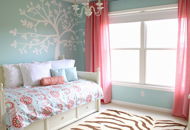 blue coral room: Color Schemes, Coral Rooms, Girls Bedrooms, Wall Color, Big Girls Rooms, Little Girls Rooms, Bedrooms Idea, Rugs, Wall Design