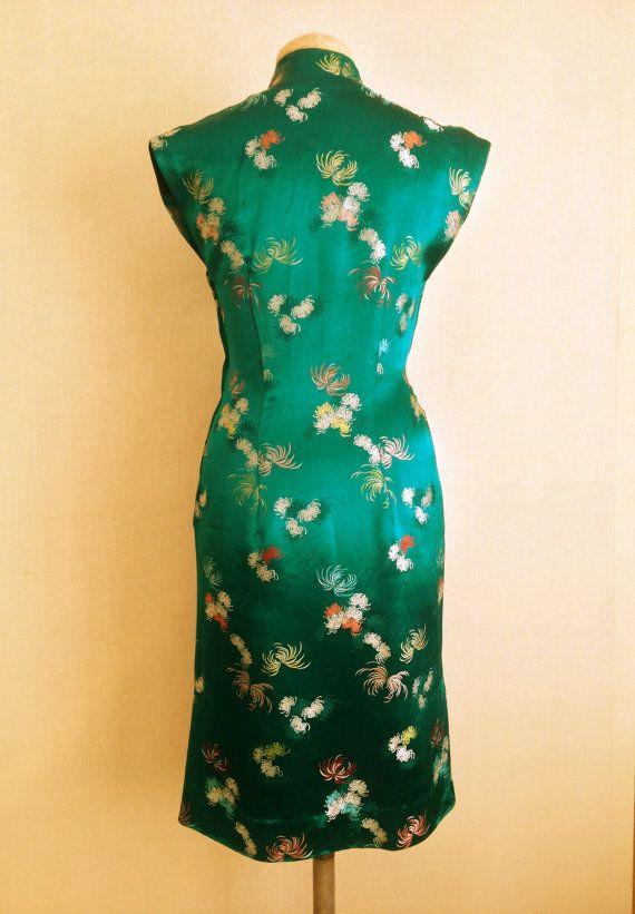 1950s 60s Emerald Green silk Cheongsam by HoneyBlossomVintage