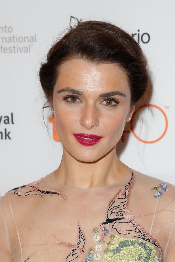 Get the Look: Rachel Weisz' Twisted Chignon | Daily Makeover
