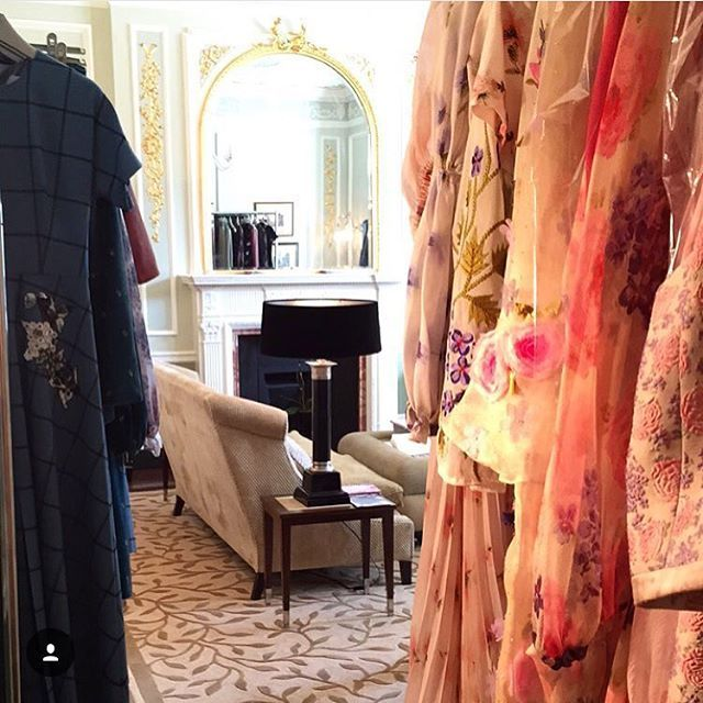 Last day of our London Trunk Show today!  Hurry up to see our Dreamy collections at the Connaught Hotel today!   @alice_rose_p  #luisabeccaria#london#trunkshow#dreamydress#dreamydresses#couture#trueromance#hautecouture#bridalatelier#bridalcouture#romantic#romance#welcome