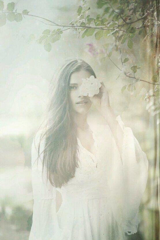 ♡ beauty speaks softly ♡ .. X ღɱɧღ ||