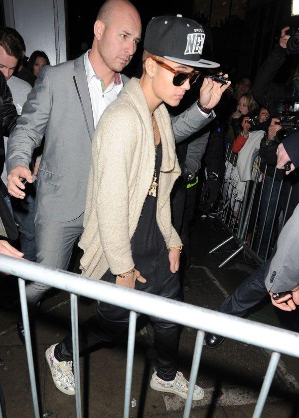 Justin Bieber Parties At Miami Strip Club — Dissing Selena Gomez?
