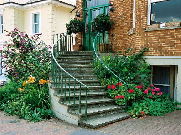 graceful front steps follow line of bay window curving steps gracefully follow the lines of the