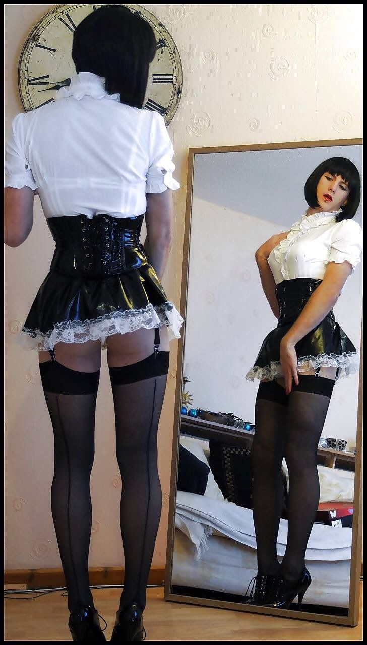 Maid for Transfetish : Photo