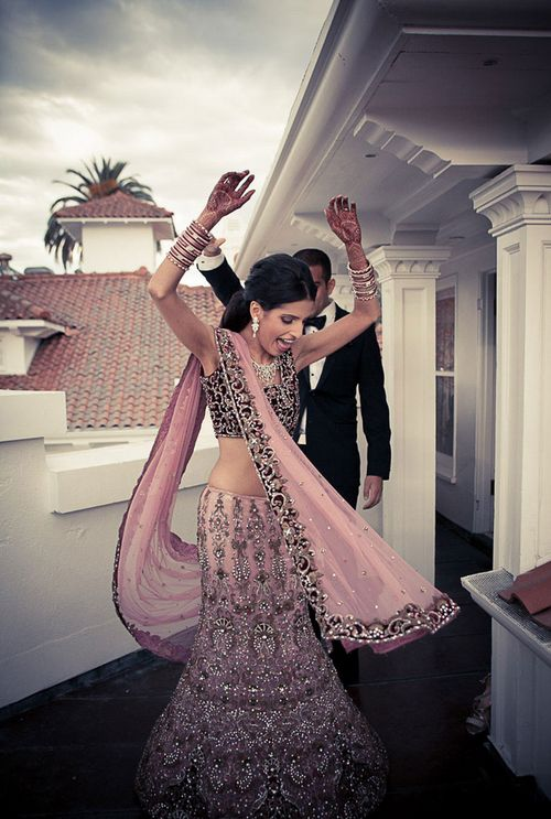 OMG her lehenga! <3 #Desi Wedding