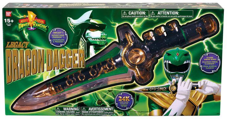 Cuchillo Dragon 46 cm. Power Rangers. Bandai Estupenda daga o cuchillo de juguete de 46 cm ideal como regalo o para que los peques jueguen todo recordando las aventuras de los poderosos Power Rangers.
