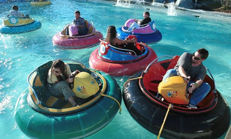 Wilsonville Family Fun Center -- This 6 acre amusement park has go-karts, lazer tag, miniature golf, bumper boats, a two-story arcade and restaurant.