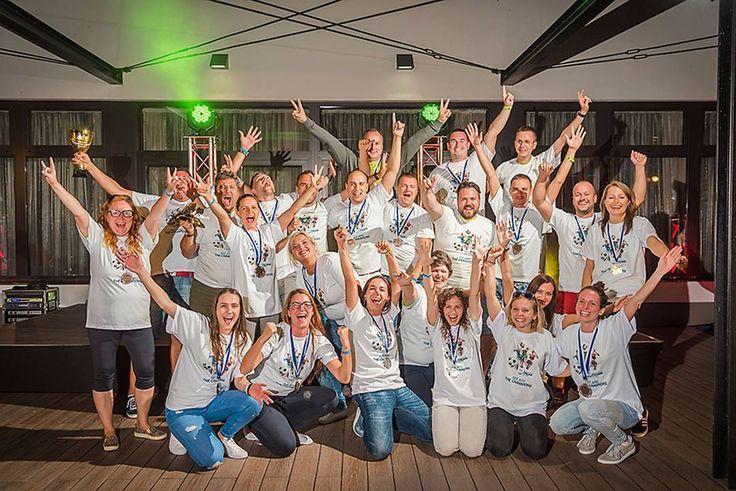 We are the champions at @slovenske_firemne_hry 2017 . . . . . . . #dmdrogeriemarktslovensko #elcop #sfh #slovenskefiremnehry #eventovyfotograf #plazoveinspiracie #magastudiosk #firemnyevent #fotografnaevent #winner #winnertakesall