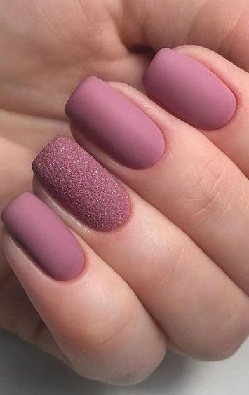 30 Fabulous Matte Nails Design For Short Nails #mattenails #nailart #naildesign #winternail #nailideas #gelnail #glitternail #winternail