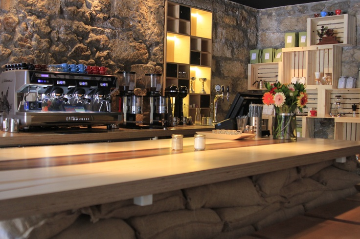 "This relatively new ""hand-made"" casual bar roasts its own coffees, offers unique tea blends and serves tailor-made cocktails in front of you depending on your mood: http://www.urbanhypsteria.com/tailor-made/"