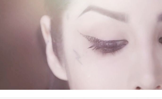 """Sephora Glossy / HOW-TO: GET THE """"DISINTEGRATION"""" CAT EYE LOOK BY KAT VON D"""