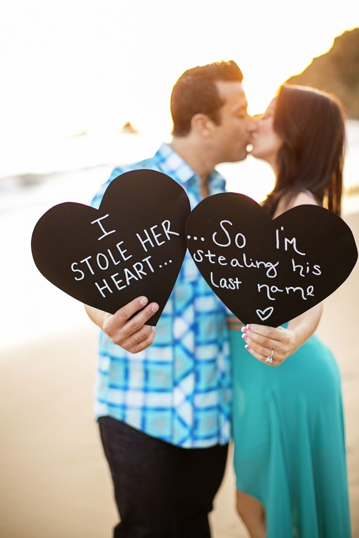 Really cute engagement idea!   #wedding #photography #engagement