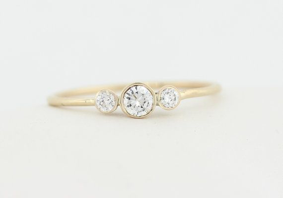 <3 Three Stone Round Brilliant Cut Diamond Engagement Ring,
