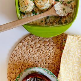1000+ ideas about Biscuit Chicken Pot Pie on Pinterest ...
