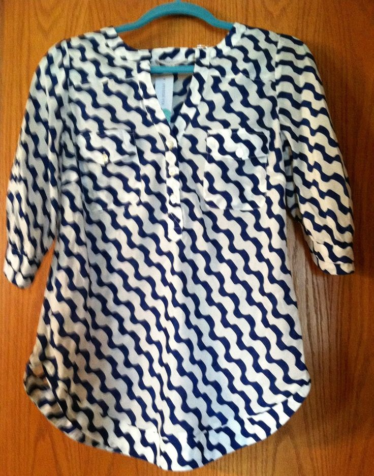Love the style and pattern of this shirt! So many options.