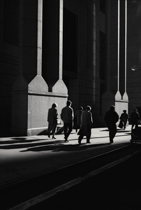 Wall Street, 1999. Photo: Raymond Depardon (Magnum Photos).