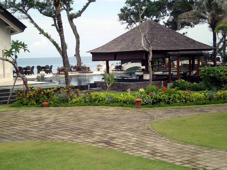 dar ber hinaus bietet das the seminyak drei villen mit garden view mit privatem pool ca 5 x 7. Black Bedroom Furniture Sets. Home Design Ideas