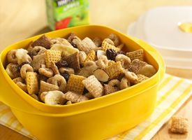 This Chex Mix was easy and very tasty for a mid-morning snack.