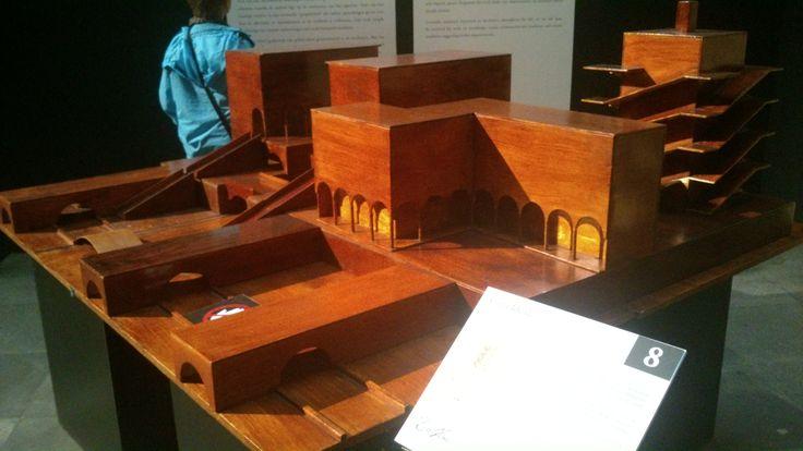 Een model van Leonardo da Vinci, wat volgens hem de ideale stad zou zijn...